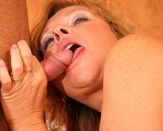 Horny mama loves eating cock and swallowing cum